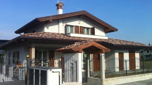 Villa due piani con interrato